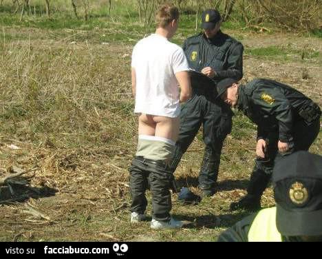 il pene di un poliziotto